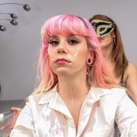 PB_087_pink_charlotte_2_bts_tour